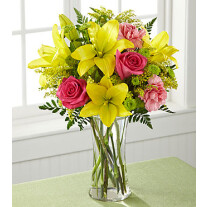 C6-5242 FTD® Bright & Beautiful™ Bouquet
