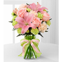 D7-4906 The Girl Power™ Bouquet by FTD® - VASE INCLUDED